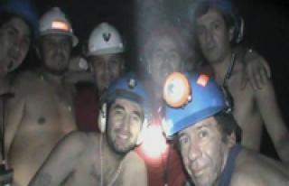 Şilili madenciler 1 Mayıs'ta Taksim'de