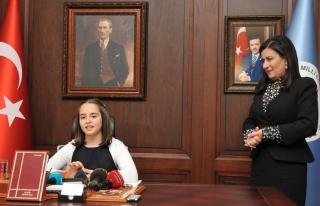 Minik Bakan: Şifre iddiasından öğrenciler etkilendi