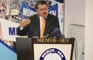 DİYARBAKIR'DA MEMURSEN VE KESK PKK'NIN SÖZCÜLÜĞÜNE...