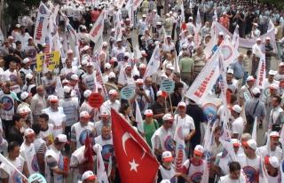 """""""GREVLİ TOPLU SÖZLEŞMELİ SENDİKA HAKKI""""..."""