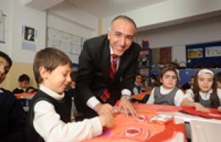 OECD: Türkiye'de öğretmen maaşları 1995 yılından...
