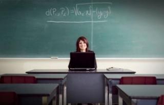 Boş geçen derslere ek ders ücretleri ödenmelidir