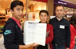 """Öğrencilerden """"akıllı buzdolabı"""""""