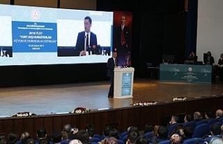 Milli Eğitim Bakanı Selçuk, Türkiye Artık Kendi...