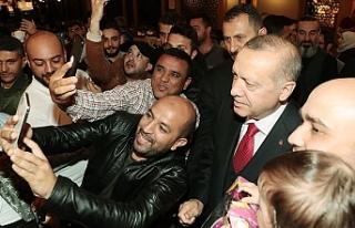 Cumhurbaşkanı Erdoğan, Florya'da Bir Kafeye...