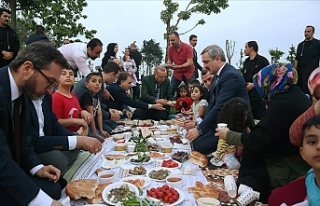 Cumhurbaşkanı Erdoğan, Vatandaşlarla İftar Yaptı