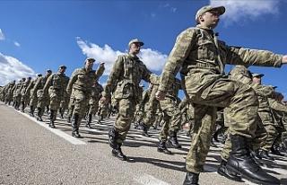 Askerlik Süresini Altı Aya İndiren Madde Kabul...
