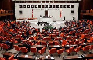 Meclis'in Yeni Askerlik Sistemi Mesaisi Devam...