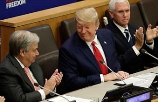 Trump Bu Görüntüyle Herkesi Şaşırttı