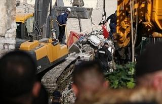 Arnavutluk'ta 6,2 Şiddetindeki Depremde Ölü...