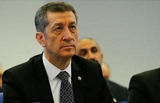 Milli Eğitim Bakanı Ziya Selçuk, 1 Milyon Öğretmene...