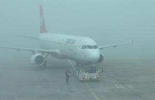 Erzurum'a Sis Düştü; Uçak Seferleri İptal...