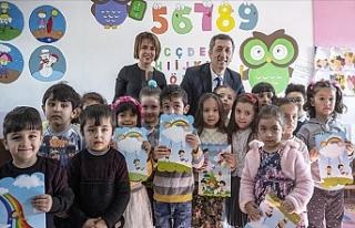 Milli Eğitim Bakanı Selçuk, Öğrencilerin Karne...