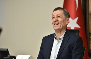 Milli Eğitim Bakanı Ziya Selçuk: O Müjdeyi Verdi