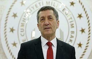 Milli Eğitim Bakanı Ziya Selçuk 'tan Velilere...