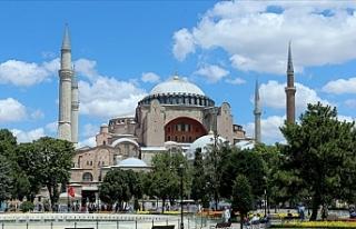 İslam Dünyasından Türkiye'ye Ayasofya Camii...