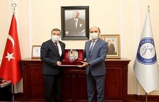Genel Başkan, Gazi Üniversitesi Rektörü Prof....