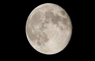 NASA, 2024'te Ay'a İlk Kadın Astronotu...