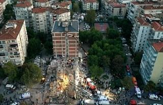İzmir Son 111 Yılda 6 ve Üzeri Büyüklükte 8...