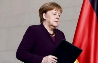 Angela Merkel: Pandemi Gelecek Aylarda ve Yıllarda...