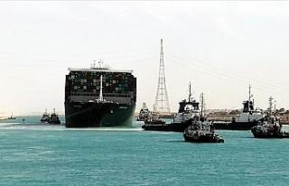 Süveyş Kanalı'ndaki Kazayla İlgili Soruşturma...
