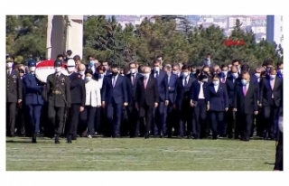 Ankara'da 23 Nisan Coşkusu! Devlet Erkanı Anıtkabir'de