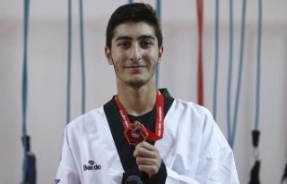Tekvandocu Hakan Reçber Avrupa Şampiyonu