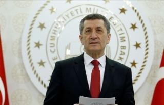 Bakanı Selçuk: Salgın Sürecinde Evlerde En Büyük...