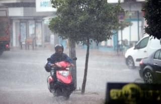 Antalya'da Yağmur Sevinci