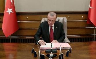 Cumhurbaşkanı Erdoğan İmzaladı 15 Büyükelçi Merkeze Alındı 16 Ülkeye Yeni Büyükelçi Atandı
