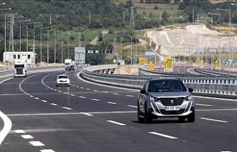 Kuzey Marmara Otoyolu'nda Gebze-İzmit Kesimi Açılıyor