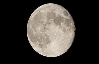 NASA, 2024'te Ay'a İlk Kadın Astronotu Gönderecek