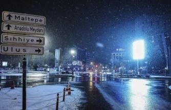 İstanbul ve Ankara'da Kar Yağışı