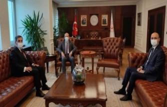 Türkiye Kamu-Sen'den Yeni Bakana Ziyaret