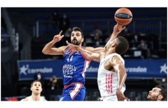 Anadolu Efes, Final Four'da!