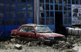 Sel Felaketinde Hayatını Kaybedenlerin Sayısı 78'e Yükseldi