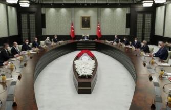 Yeni Kısıtlamalar Gelecek Mi? Tüm Gözler Kabine Toplantısında