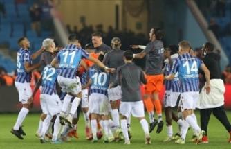 Trabzonspor, Liderliğe Yükseldi