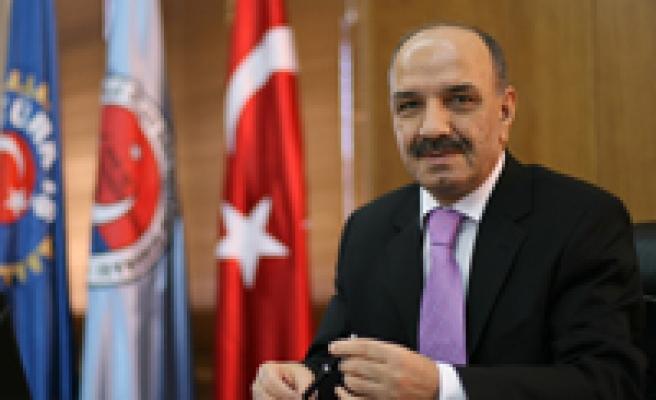 TÜRK-İŞ'ten 8 Mart Bildirisi