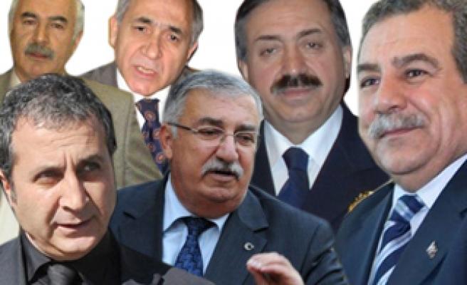 Milletvekilliği adaylığı için istifa eden kamu görevlileri