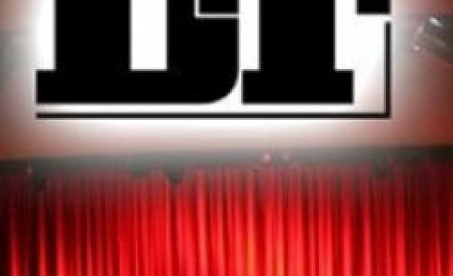 Sümeyye kızdı! Devlet tiyatroları kapanabilir!