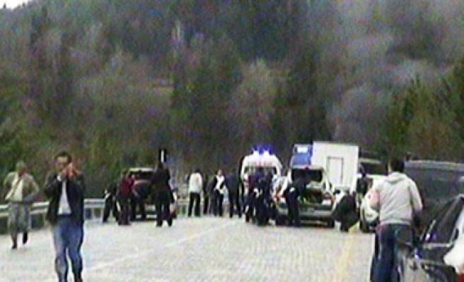 Başbakan'ın konvoyundaki polis aracına pusu: 1 şehit...