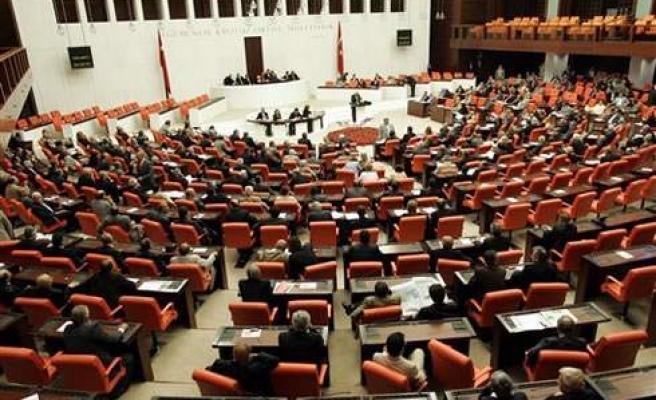 KPSS Puanı İle Kadrolu Öğretmen Olanların Sorunları Meclis Gündeminde