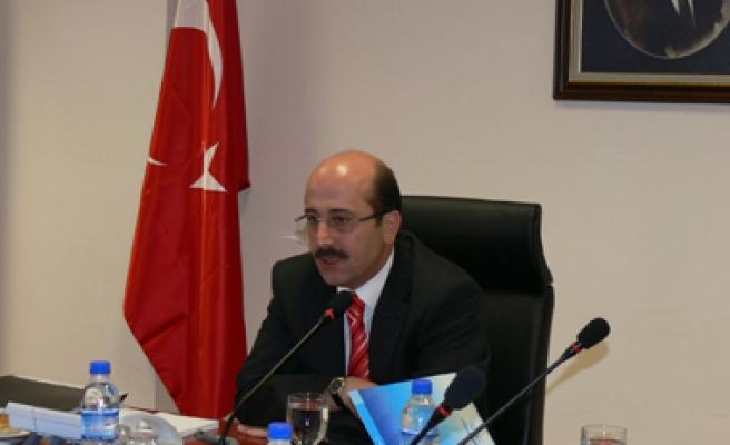 Emin ZARARSIZ , Milli Eğitim Bakanlığının yeni müsteşarı oldu.