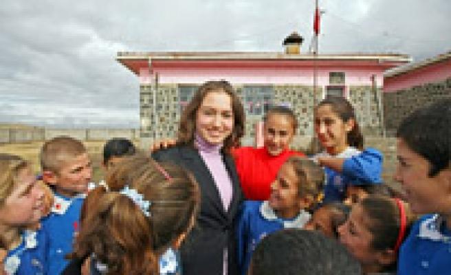 Şırnak'ta görev yapan öğretmenlere 'apart konut' yapılacak