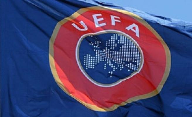 FENERBAHÇE VE BEŞİKTAŞ'A UEFA DİSİPLİN KURULU ŞOKU