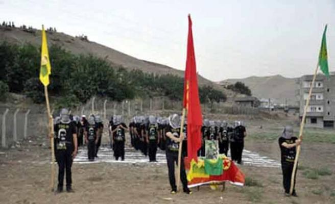 ŞIRNAK'TAN GELEN PKK FOTOĞRAFLARI ŞOK ETTİ