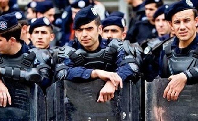 BİNLERCE POLİSE 'PARALEL' SÜRGÜN
