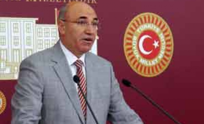 AKP'YE OY İSTEYEN ERDOĞAN'A SUÇ DUYURUSU