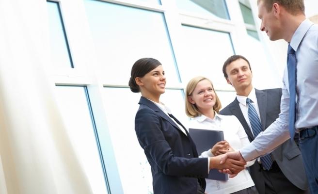 Artık işveren ve iş arayanlar birbirini danışmanla daha hızlı buluyor